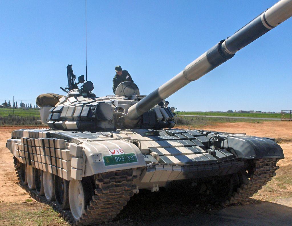 صور الجيش المغربي جديدة نوعا ما  T-72BV_Maroc_02