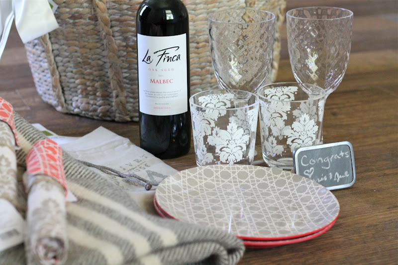 Wedding Gift Picnic Baskets : Wedding or Shower Gift Picnic Basket - Julie Blanner entertaining ...
