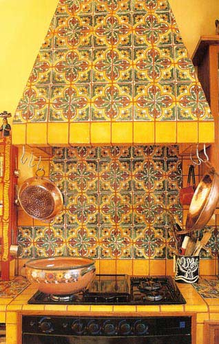 Intra design september 2012 for Mexican style kitchen pictures