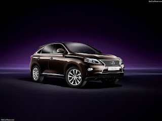 best+7+seater+luxury+suvs-Lexus-RX_350