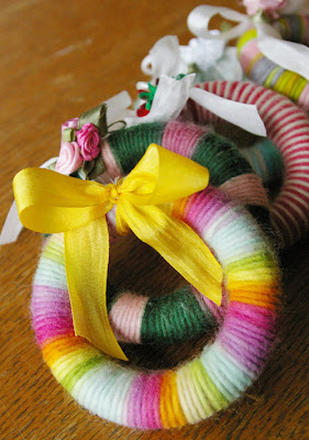 scrappy, scrap, yarn, scrap yarn, wreath, fiber, craft, kids, children, christmas, holiday, handmade, child