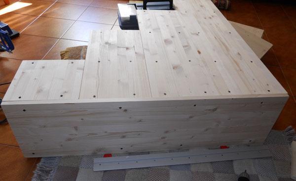 Stedeg blog costruire una scala a gradini per letto a soppalco - Costruire letto contenitore ...