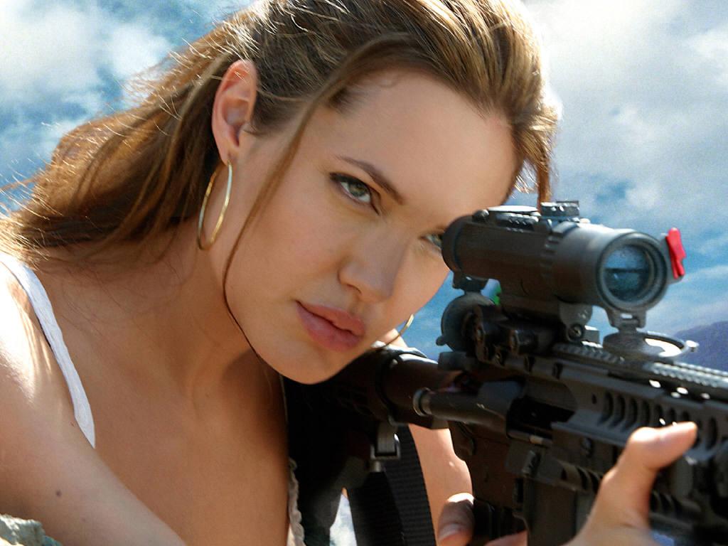 http://4.bp.blogspot.com/-bTXApGEpp4M/T6-QwsdzoEI/AAAAAAAADvY/eShxpHtd2rw/s1600/Angelina-Jolie-13.jpg