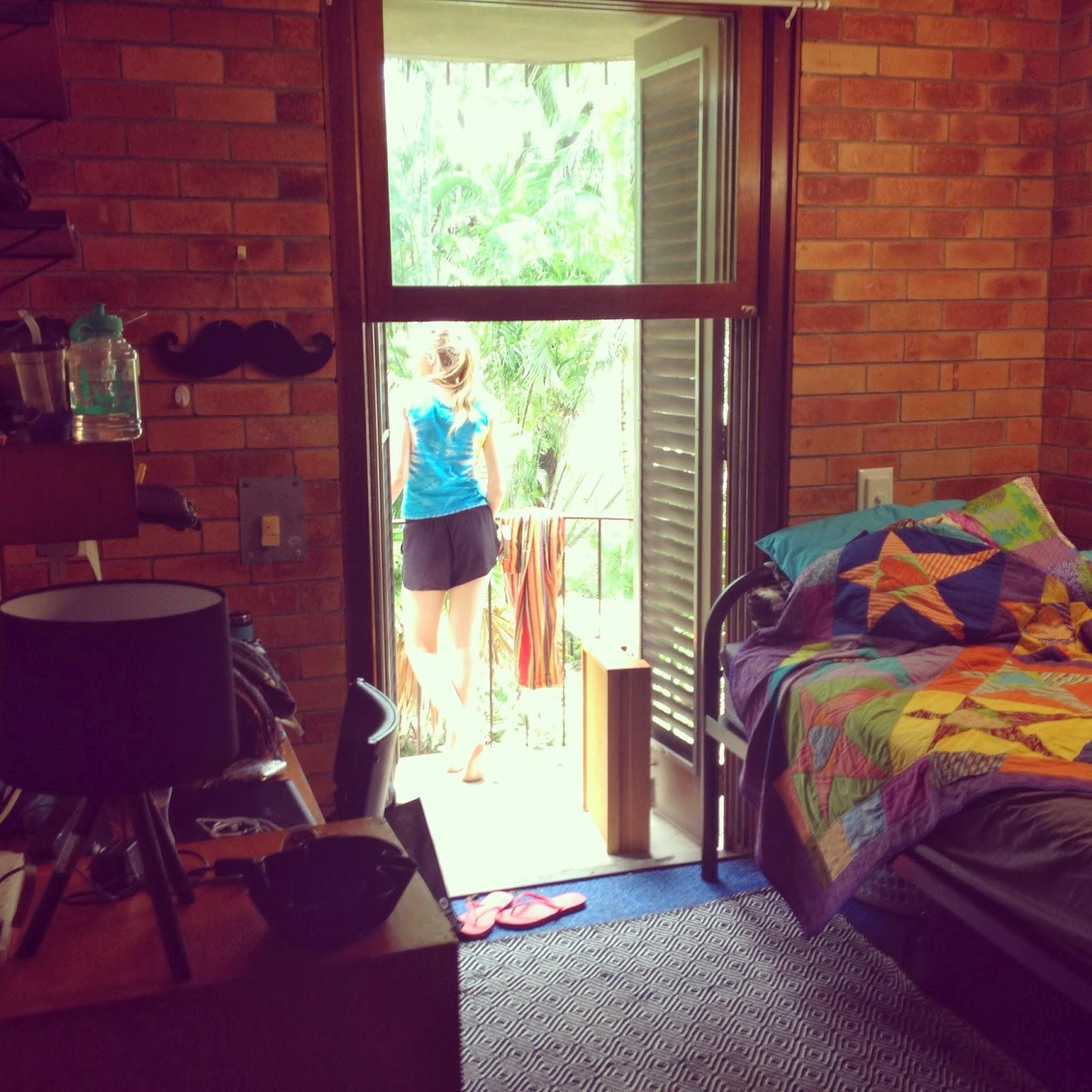 Uni Hall Dorm Room