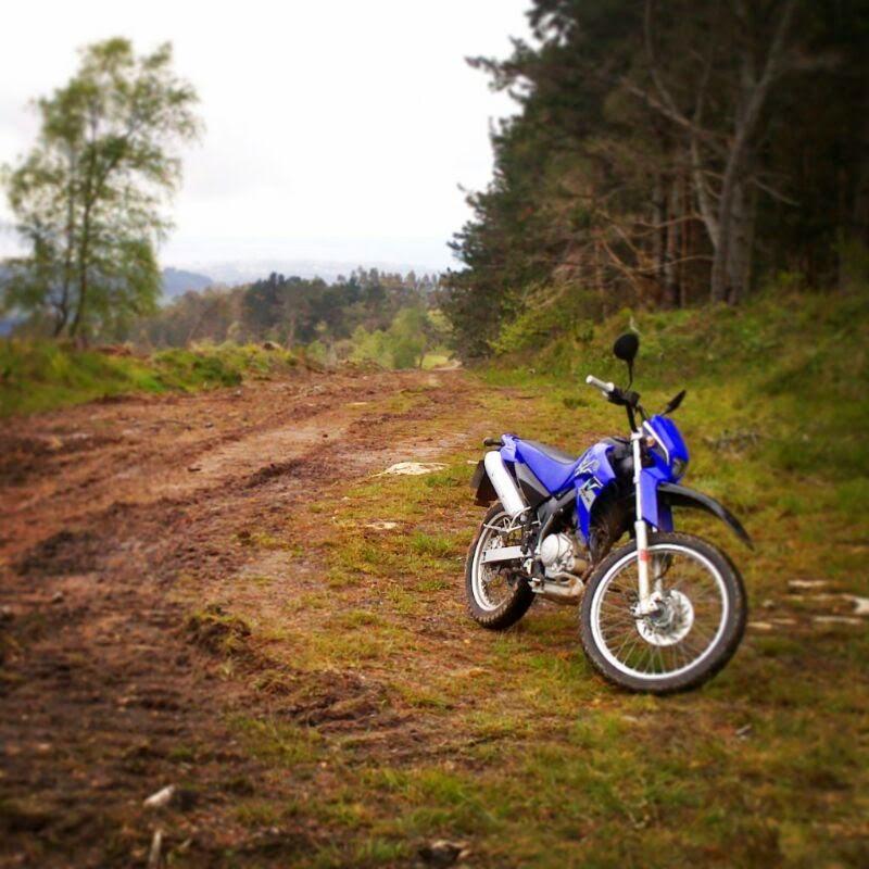 Crgc moto -  yamaha  xt 125 r - domingo pasión monte Asturias instagram