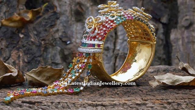 Mesmerizing Colourful Jadau Bangle