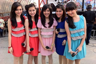 Lirik Lagu Blink About You