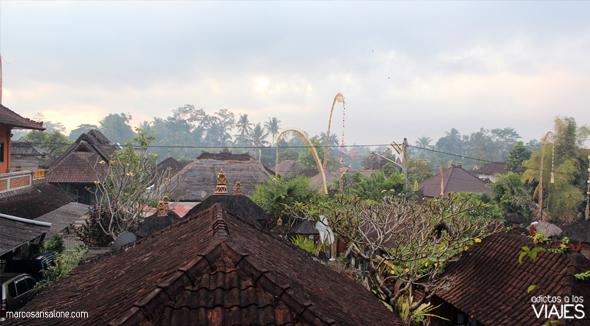foto-panorámica-tejados-de-Ubud-Indonesia