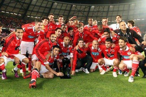 Benfica, cuatro veces campeón de la Bwin Cup