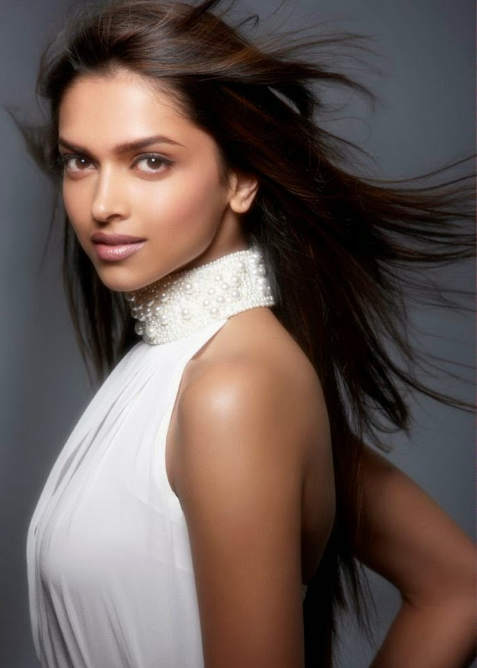 Deepika Padukone in white top hottest hd pics