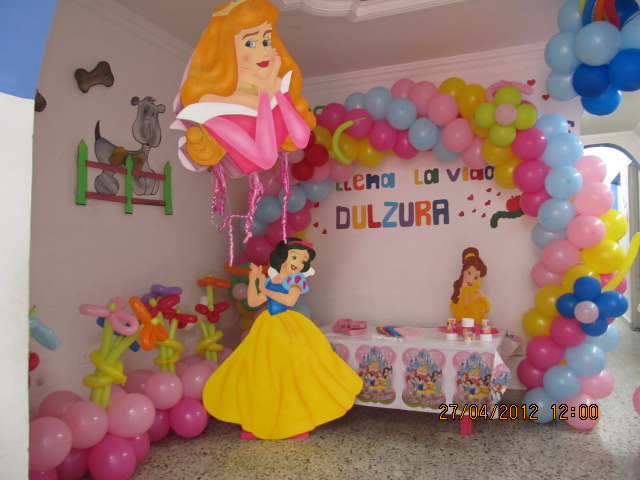 Princesas disney decoracion fiestas infantiles fiestas for Decoracion fiestas tematicas