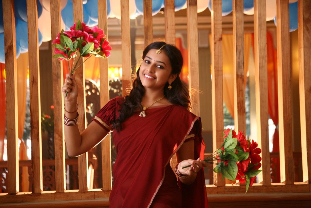 Sri Divya latest glamorous photos-HQ-Photo-7