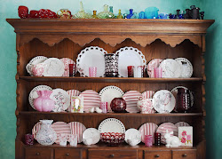 Click on image to see a Valentine Hutch
