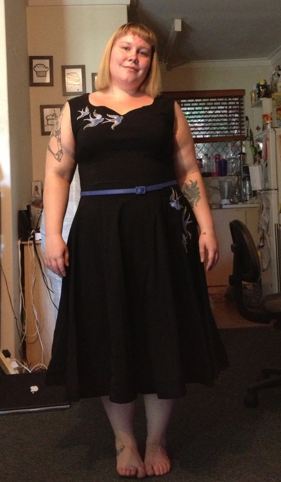 Black dress saying - In Saying That Through The Dress I Chose For This Post Is One I Ve Had For A While And It S One Of My Favourites