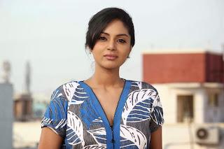 Sanam Shetty movie Stills from movie Vilaasam