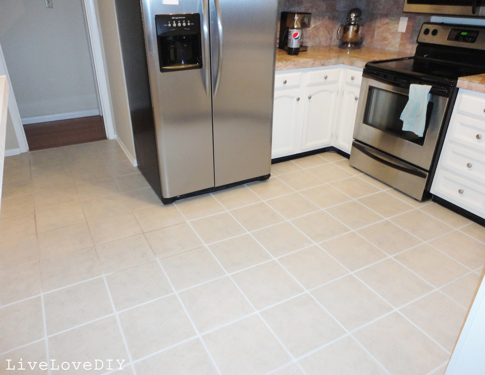 Livelovediy how to restore dirty tile grout - Como limpiar las baldosas de la cocina ...