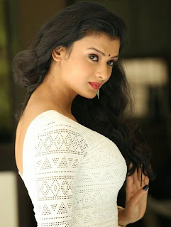 Ishita Vyaas in Lovely Right White Dress actress of movie Leelavati