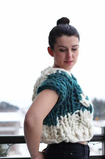 couture avant garde styling runway giant knitting knit handknit cabled intarsia colorblocked sweater roving chunky gauge sweater pullover handmade one of a kind ooak brunette girl young woman blogger fashion designer outfit of the day ootd knit techniques handcrafted artisan