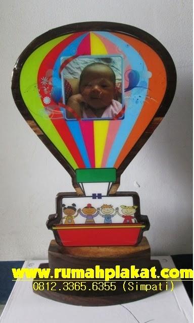 Piala Kayu baby Photcocontest, Harga Plakat Kayu, Jual Plakat Kayu di Surabaya