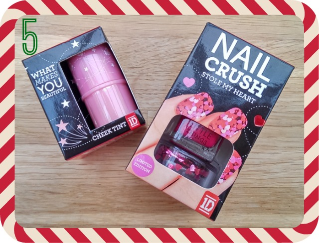 Prize 5 - MUA / 1D nail crush and cheek tint