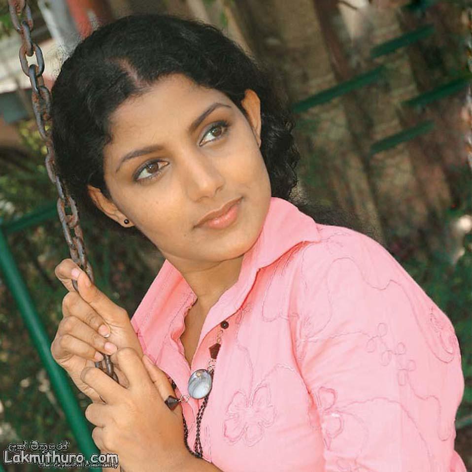 Padukka Sri Lanka  City new picture : sri lankan girls sri lanka situated near india and mostly influenced ...