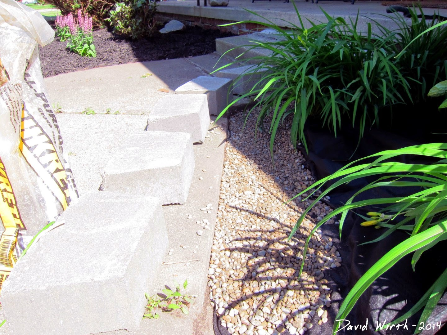 install concrete block wall  yard