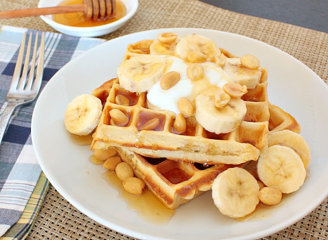 APPLE A DAY: Meatless Monday--Peanut Butter Waffles