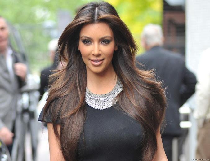 Kim Kardashian on the streets