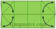 Bước 4: Gấp chéo bốn góc tờ giấy vào trong để tạo nếp gấp sau đó mở ra.
