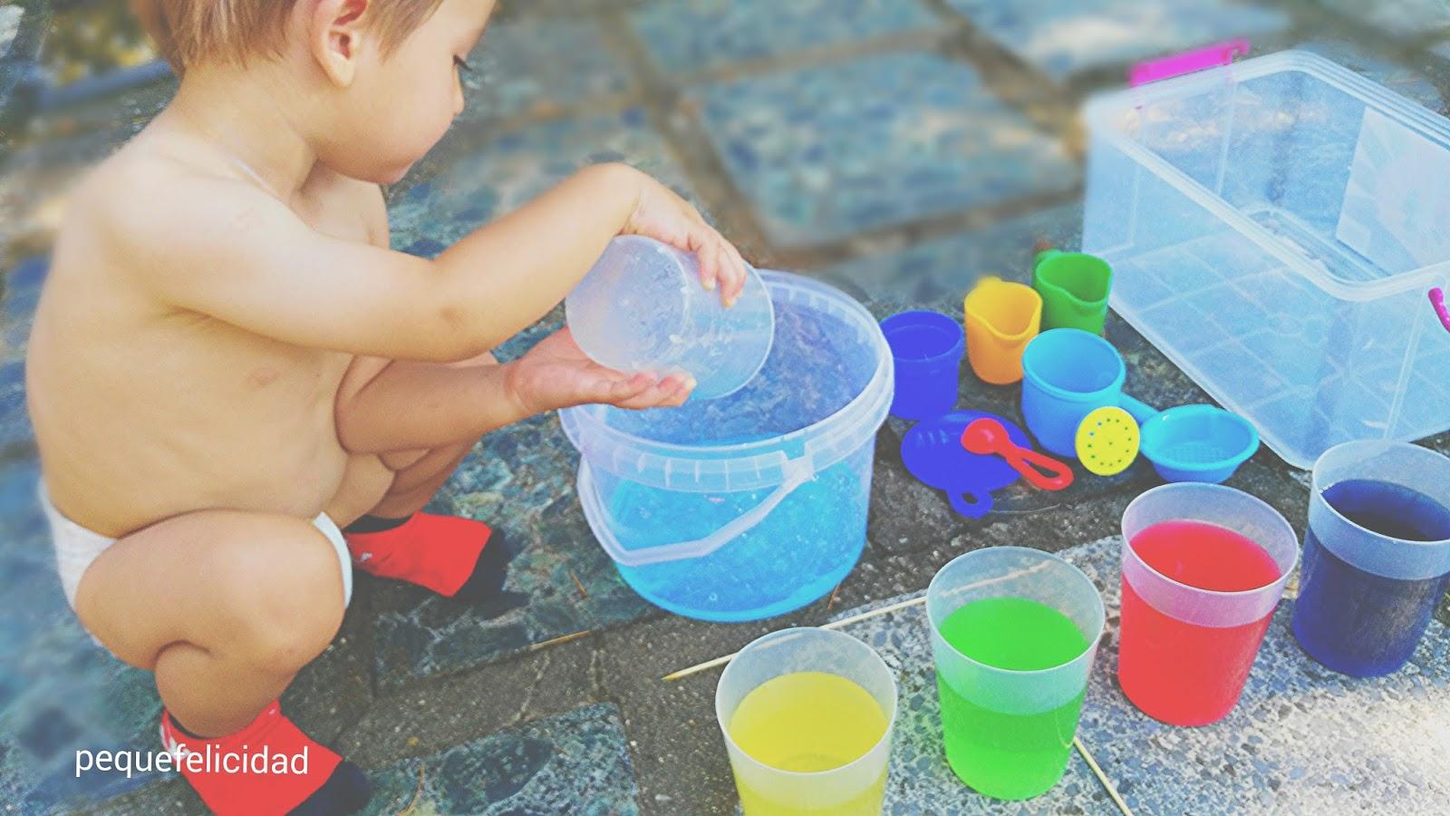 PEQUEfelicidad: 10 JUEGOS CON AGUA PARA NIÑOS DE 1 A 2 AÑOS