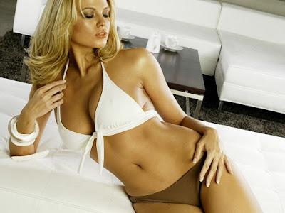Irina Voronina Bikini Wallpaper