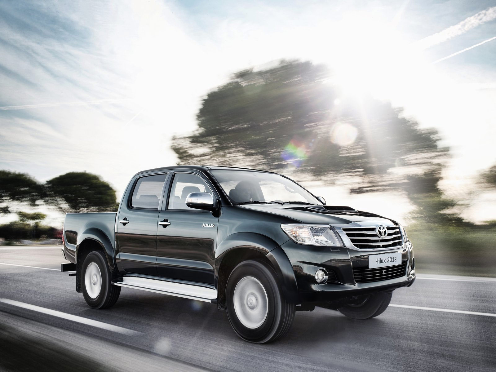 download-toyota-hilux-2012-wallpaper-car-pictures