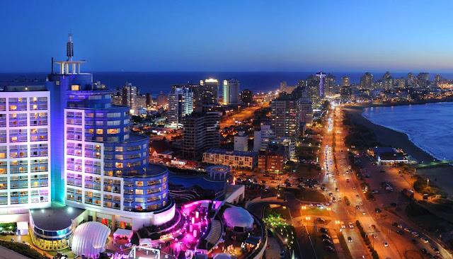 Punta del Este en Uruguay de noche