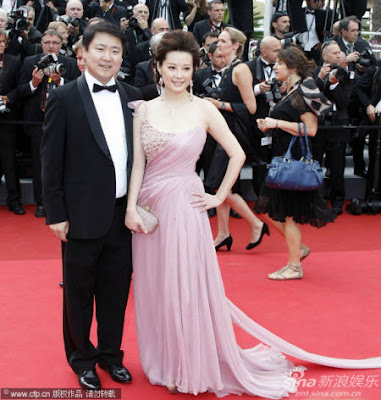 Yuan Li looked fab in a soft lilac gown with crystal embellishments