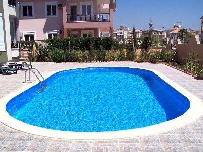 Arredamenti moderni piscine interrate e fuori terra le - Piscine seminterrate prezzi ...