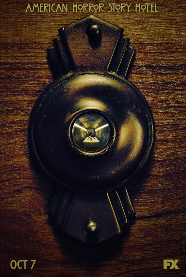 Primeiro poster oficial de American Horror Story: Hotel divulga estreia em outubro