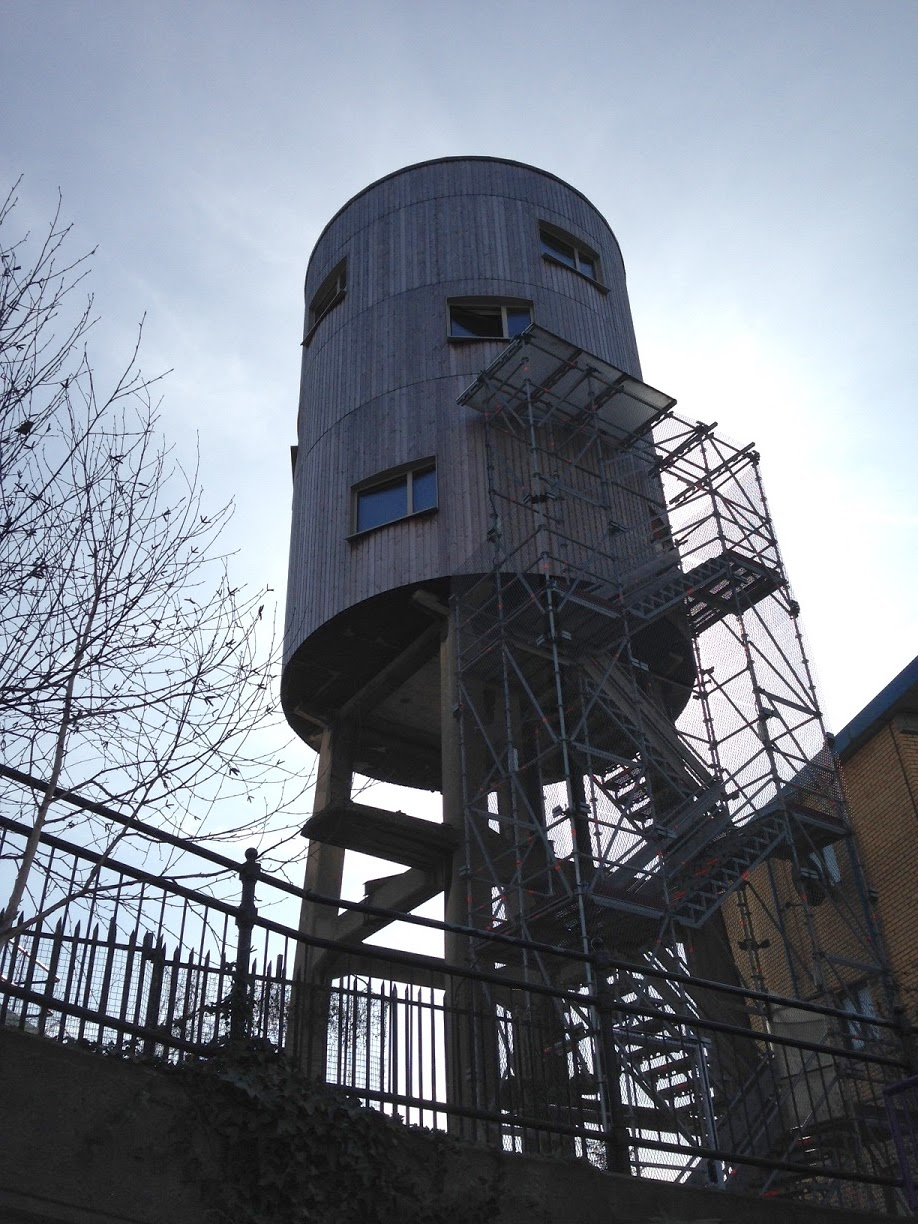 Converted Water Tower, Grand Union Canal