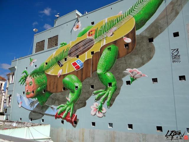 """Iguana Cuatro"" New Street Art Mural By Liqen For Los Muros Hablan 2013 in San Juan, Puerto Rico. 7"