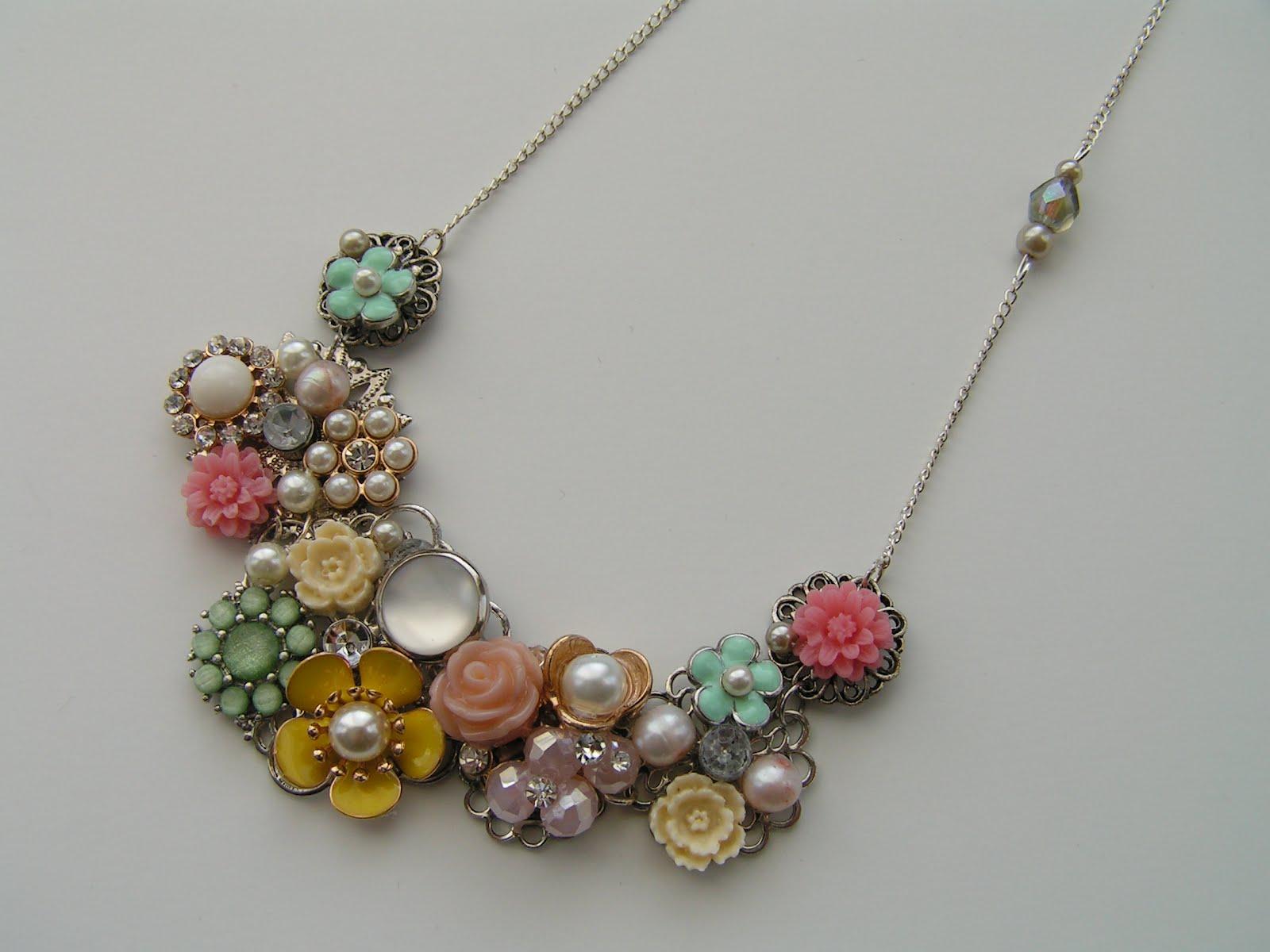 Tea Rose Home She Wears Flowers Necklace