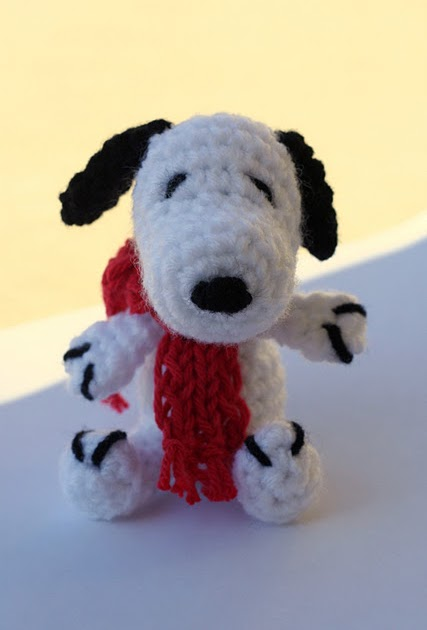 2000 Free Amigurumi Patterns: Snoopy Amigurumi Crochet ...