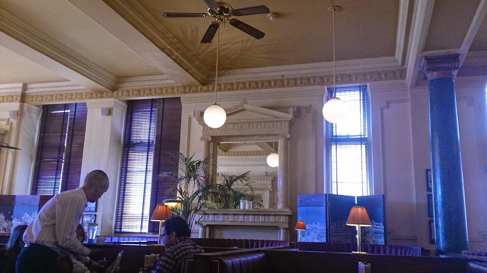 英國 單車 足球 聚舊之旅 Restaurant in Empire Hotel