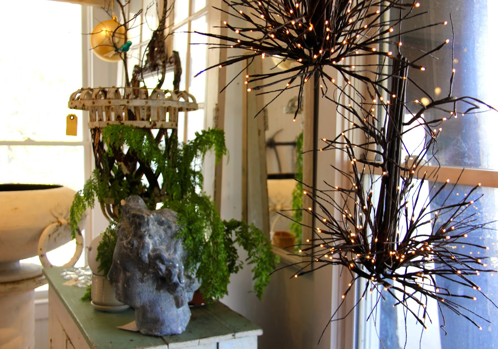 City Farmhouse - Holiday Decorating for the Home