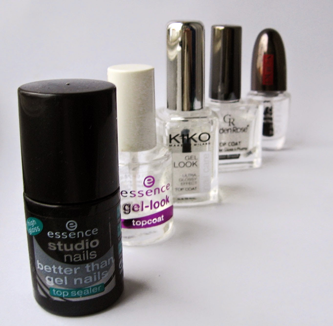 Secretly in love with nail polishes: Gel Top Coat review: Essence ...