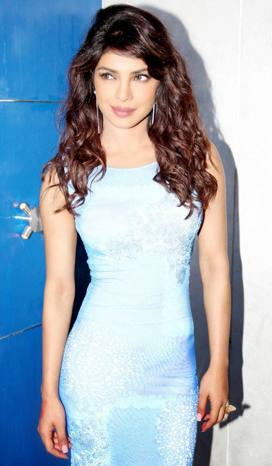 Priyanka Chopra's Hourglass Figure in Blue Dress