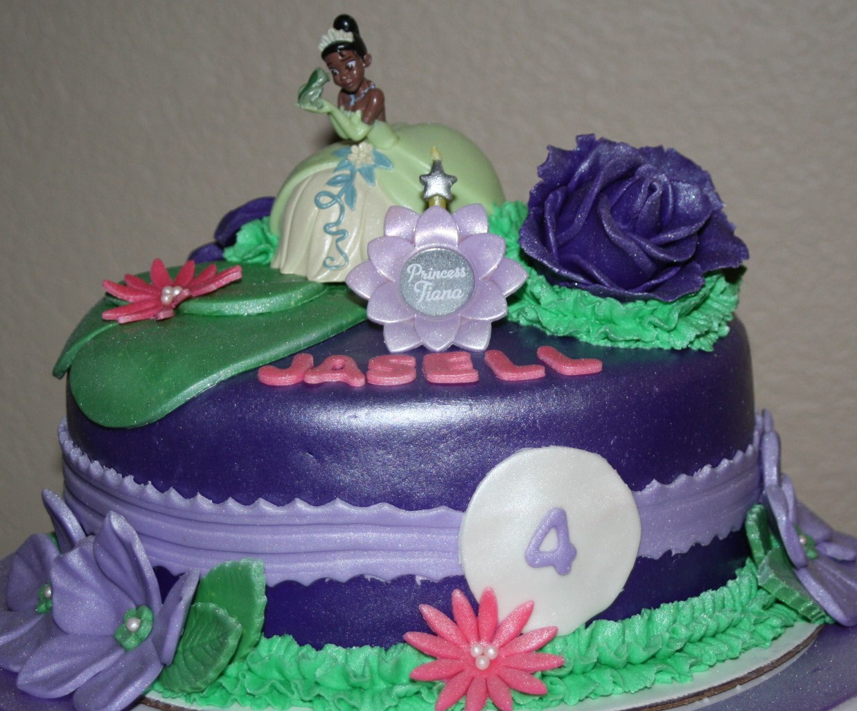 Princess Tiana Cake Pictures : Princess Tiana Cake Scooters Cake Creations - by Rachel ...