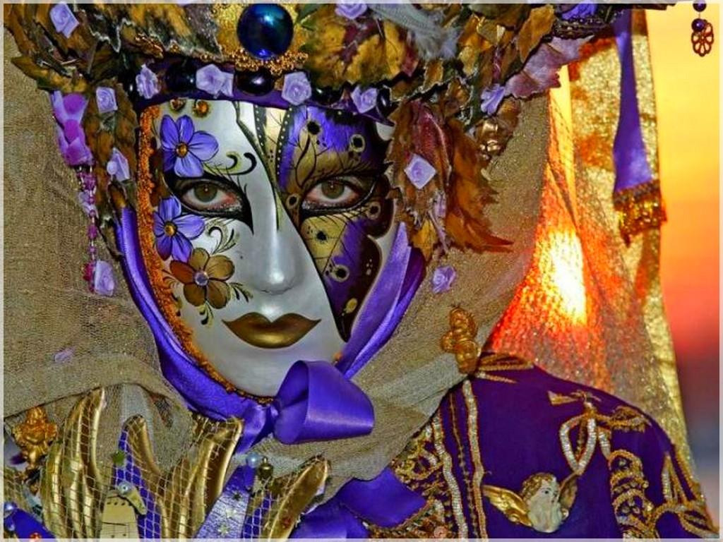 Bonnes raisons le carnaval de venise - Peinture qui masque les imperfections ...