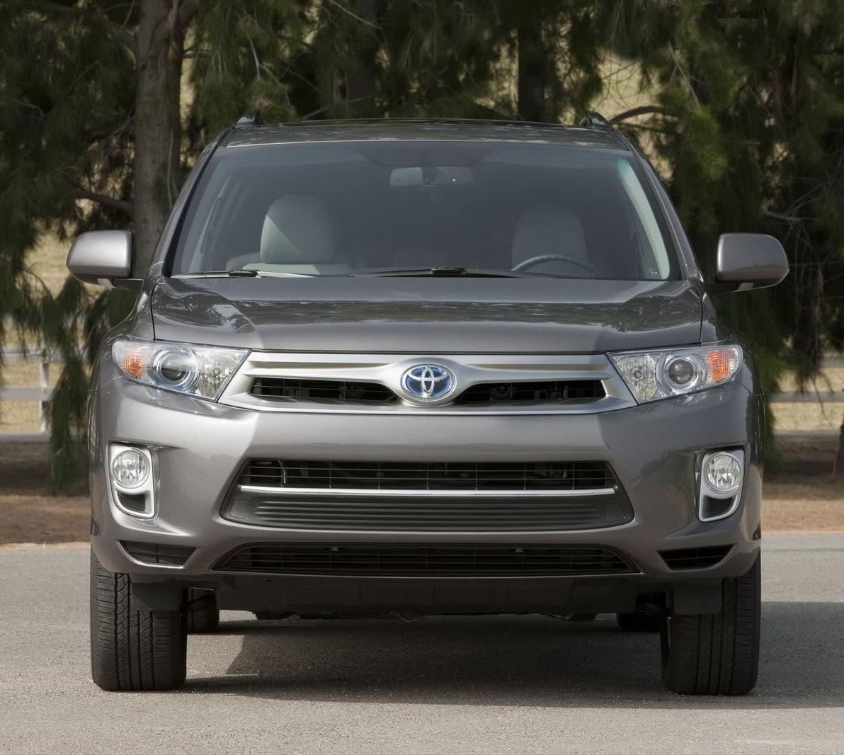 Toyota Highlander Reviews: 2011 Toyota Highlander Facelift