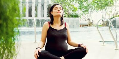 Manfaat Olahraga Yoga Untuk Ibu Hamil