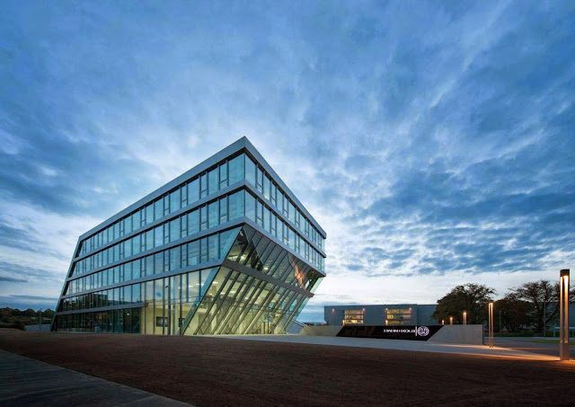 06-Hahn-Kolb-Headquarters-by-Sigrid-Hintersteininger-architects