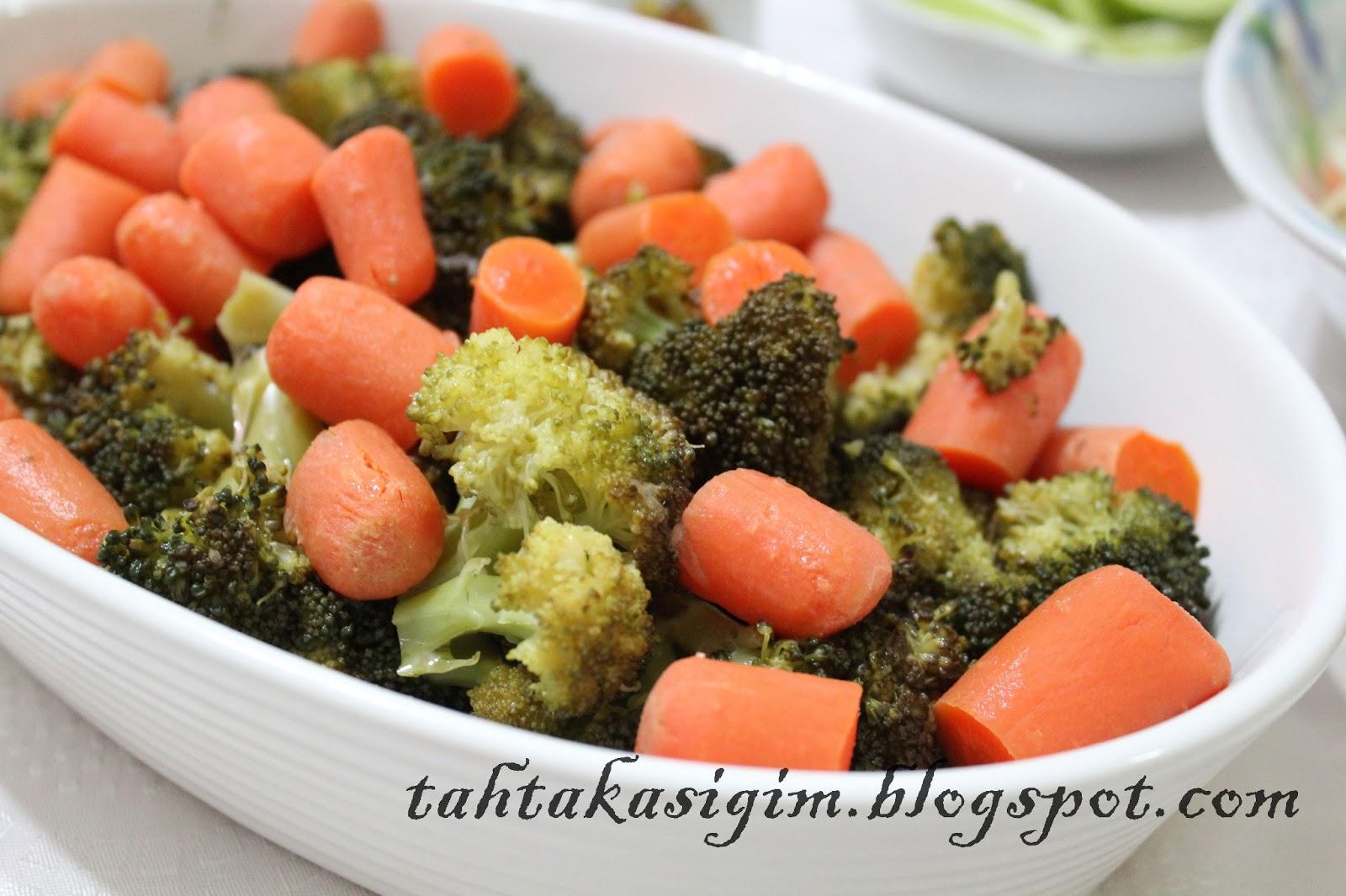 Patatesli Brokoli Salatası